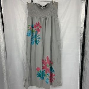 Old Navy Dresses - 🍩 Old Navy Size XXL Gray Floral Print Dress